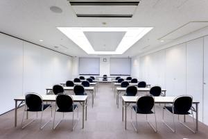 3F会議室1R スクール形式1